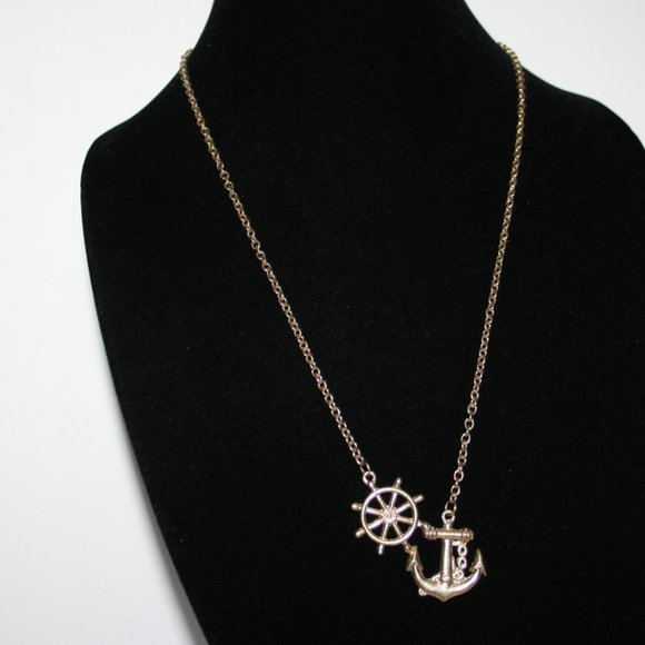 Vintagejelyfish Jewelry - Gold anchor Nautical necklace